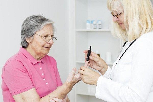 Бабуля заподозрила у себя диабет