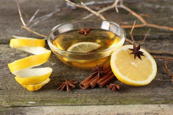 Лимонад с лимоном и корицей: